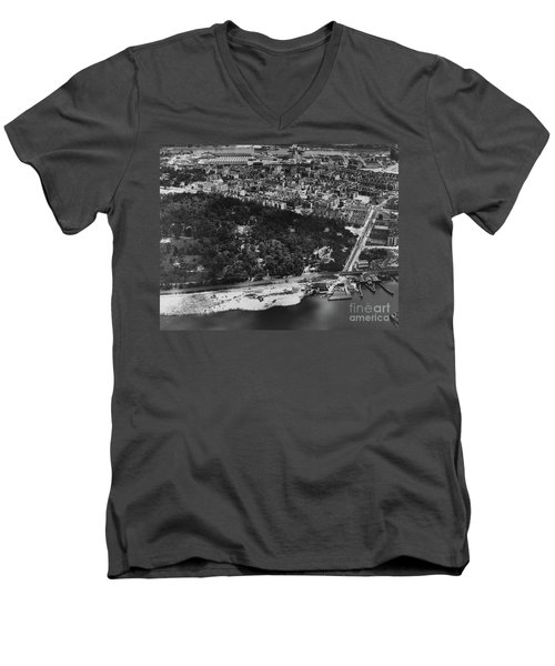 Dyckman Street Ferry, 1935 Men's V-Neck T-Shirt