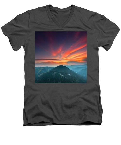 Eagle Eye Men's V-Neck T-Shirt