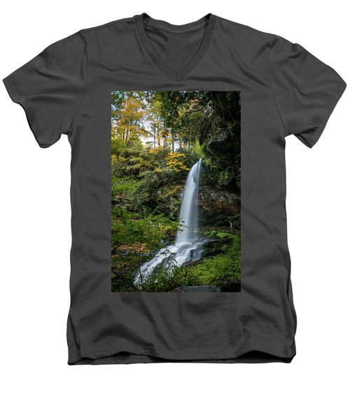 Early Autumn At Dry Falls Men's V-Neck T-Shirt