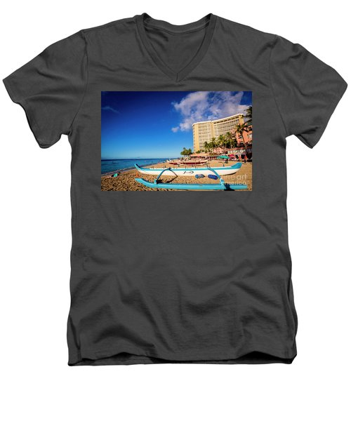 Early Morning At Outrigger Beach,hawaii Men's V-Neck T-Shirt