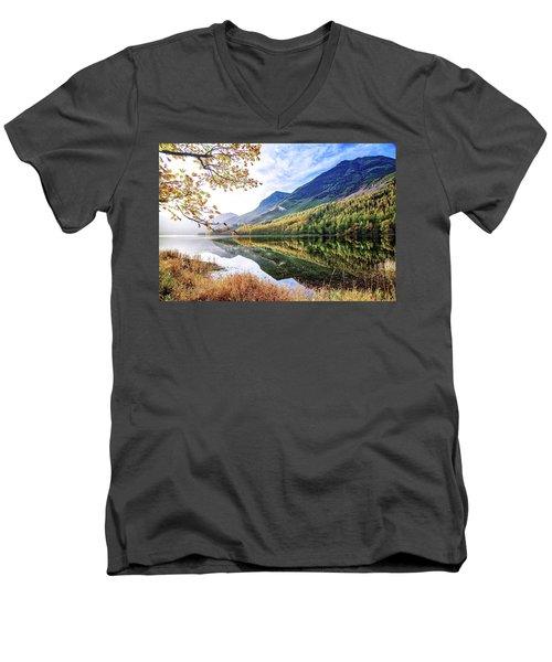 Early Morning Buttermere Men's V-Neck T-Shirt