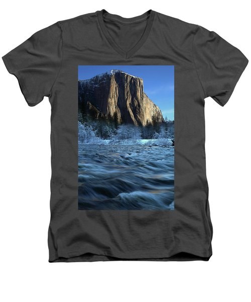 Early Morning Light On El Capitan During Winter At Yosemite National Park Men's V-Neck T-Shirt