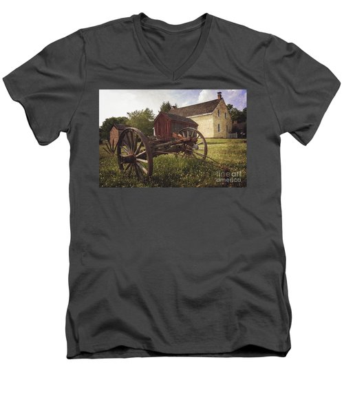 East Jersey Olde Town Men's V-Neck T-Shirt
