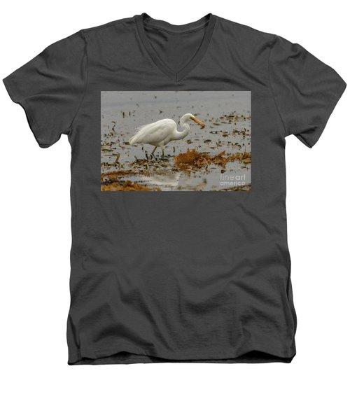 Eastern Great Egret 10 Men's V-Neck T-Shirt