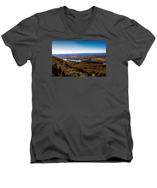 Easthampton View From Summit House Men's V-Neck T-Shirt
