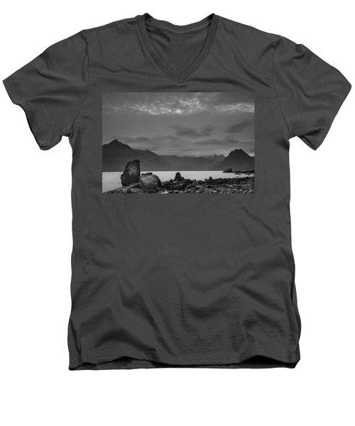 Egol Beach On The Isle Of Skye In Scotland Men's V-Neck T-Shirt