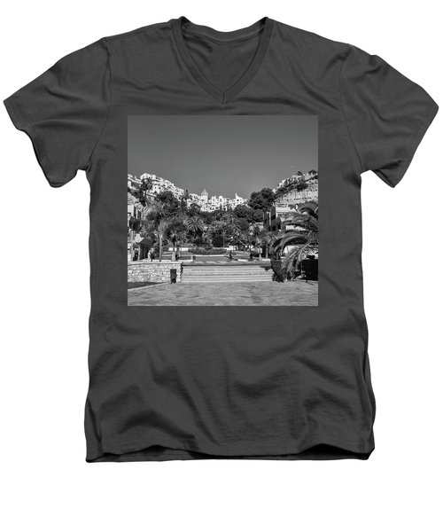 El Capistrano, Nerja Men's V-Neck T-Shirt