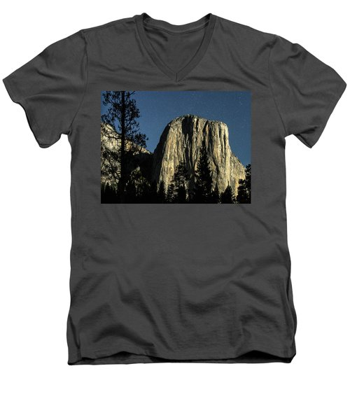 El Capitan By Starlight, Yosemite Valley, Yosemite Np, Ca Men's V-Neck T-Shirt