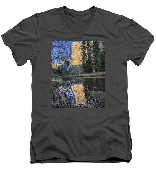 El Capitans Nose Men's V-Neck T-Shirt