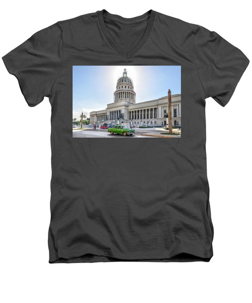 El Capitolio Men's V-Neck T-Shirt