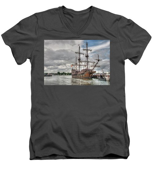 El Galeon Andalucia In Portsmouth Men's V-Neck T-Shirt
