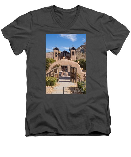 El Santuario De Chimayo Church Men's V-Neck T-Shirt