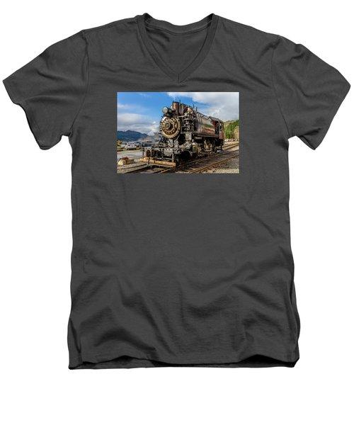 Elbe Steam Engine 17 - 2 Men's V-Neck T-Shirt