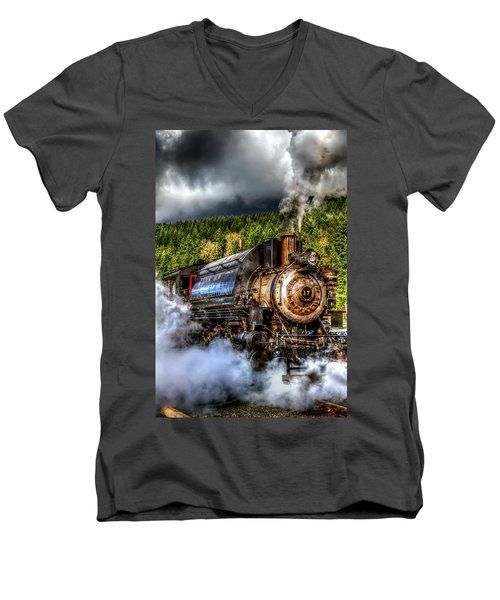 Elbe Steam Engine #17 Hdr Men's V-Neck T-Shirt