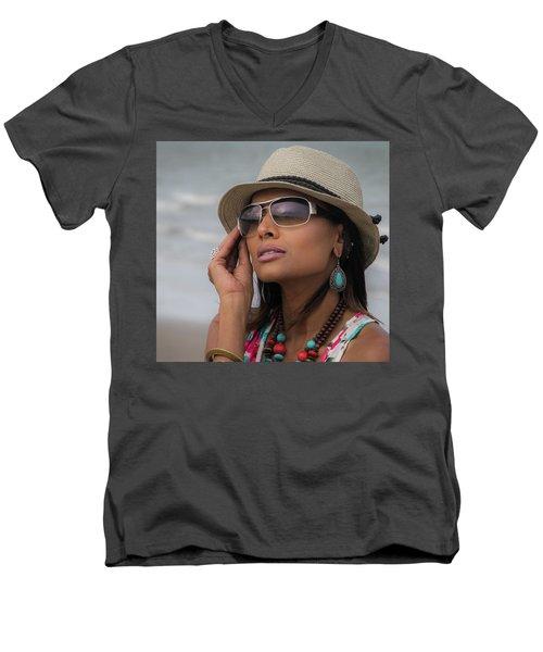 Elegant Beach Fashion Men's V-Neck T-Shirt