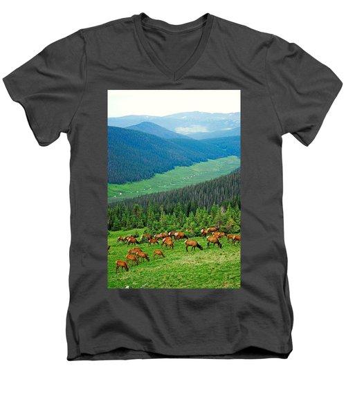 Elk Highlands Men's V-Neck T-Shirt