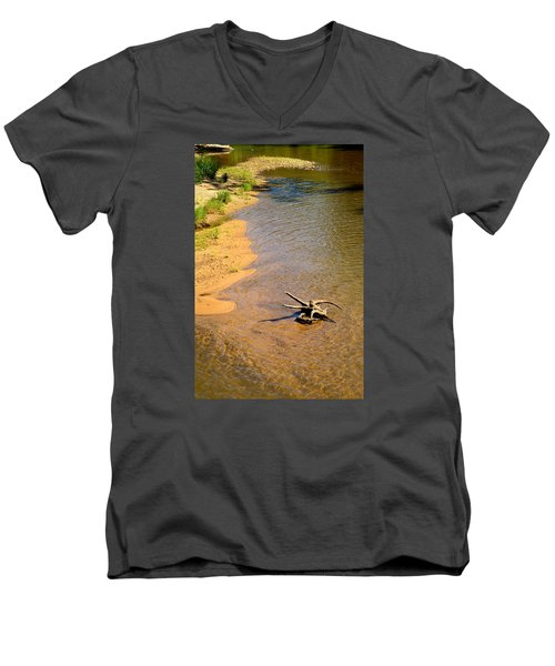 Elk River Driftwood Men's V-Neck T-Shirt