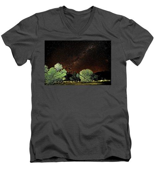 Emu Rising Men's V-Neck T-Shirt