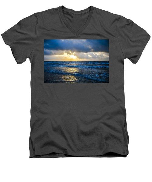 End Of The Season Padre 32 Men's V-Neck T-Shirt