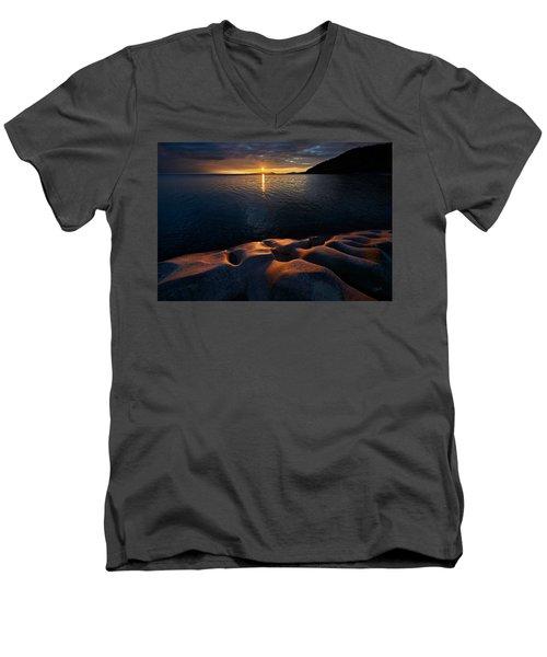 Enduring Autumn Men's V-Neck T-Shirt