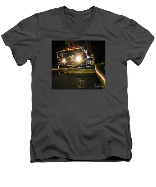 Men's V-Neck T-Shirt featuring the photograph Engine 4 by Jim Lepard