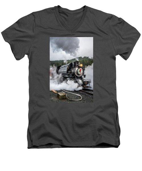Engine No. 17 Elbe Christmas Train Men's V-Neck T-Shirt