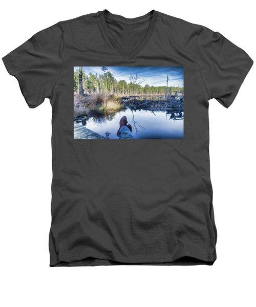 Enjoying The View Men's V-Neck T-Shirt