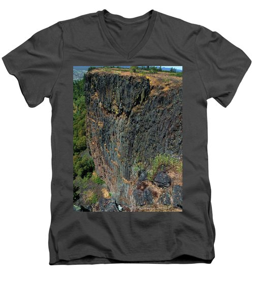 Erosion Of Flow Men's V-Neck T-Shirt