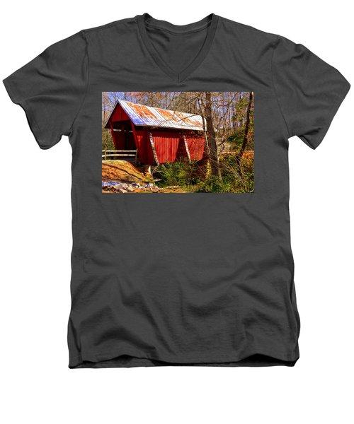 Est. 1909 Campbell's Covered Bridge Men's V-Neck T-Shirt