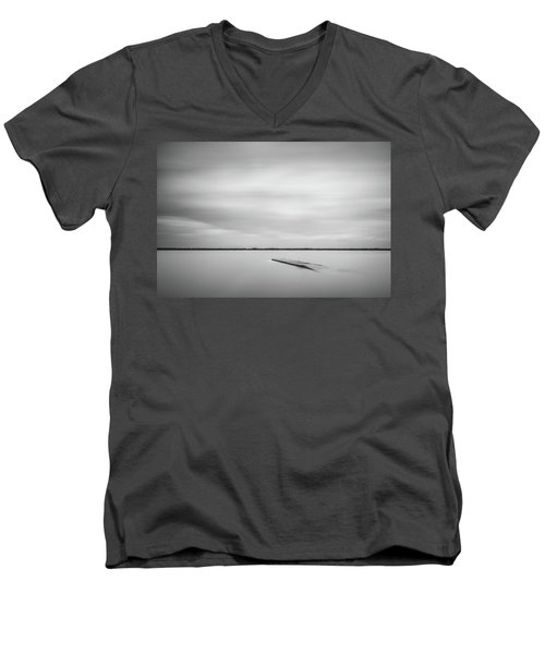 Ethereal Long Exposure Of A Pier In The Lake Men's V-Neck T-Shirt
