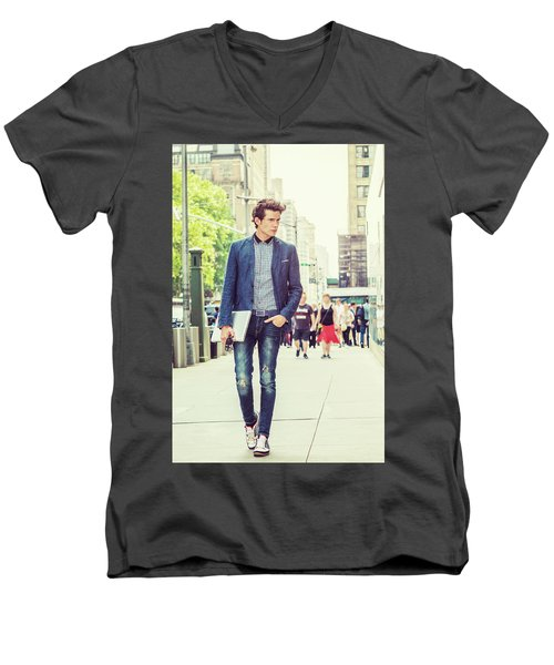 European College Student Studying In New York Men's V-Neck T-Shirt