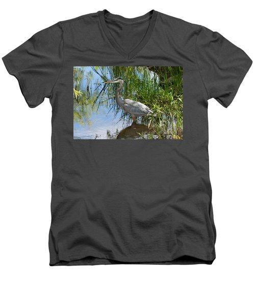 Everglades 572 Men's V-Neck T-Shirt