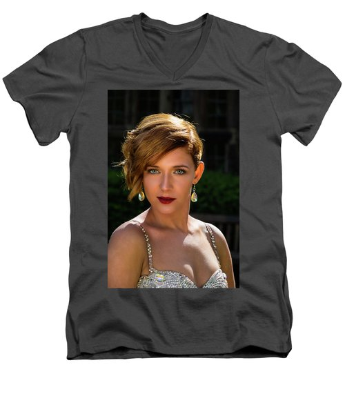 Eyes Like Crystal Men's V-Neck T-Shirt