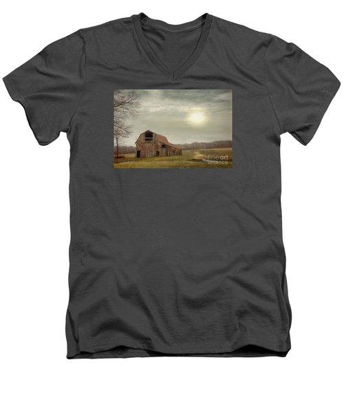 Faded Red Barn Men's V-Neck T-Shirt