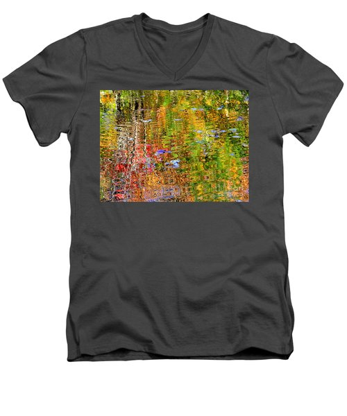 Fall 2016 Men's V-Neck T-Shirt by Elfriede Fulda