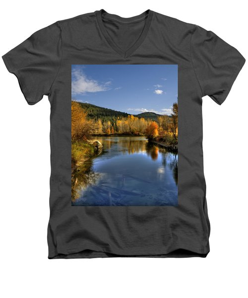 Fall At Blackbird Island Men's V-Neck T-Shirt