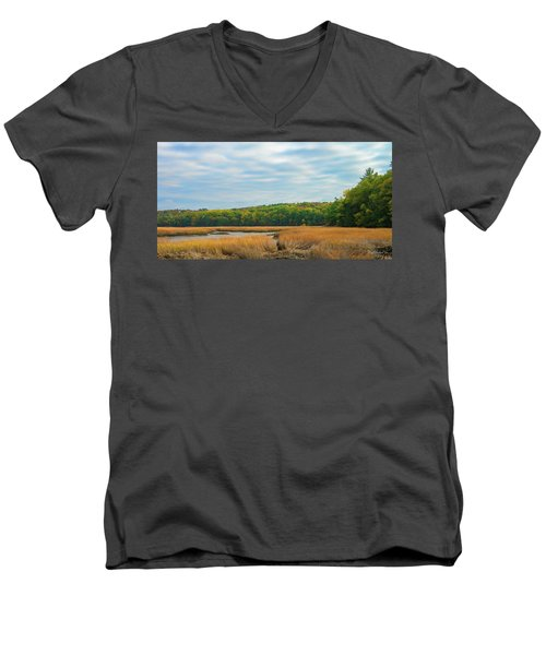 Fall Colors In Edgecomb Men's V-Neck T-Shirt