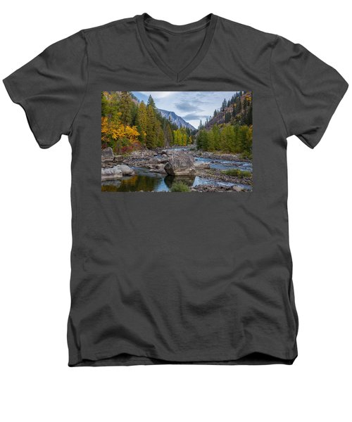 Fall Colors In The Canyon Men's V-Neck T-Shirt