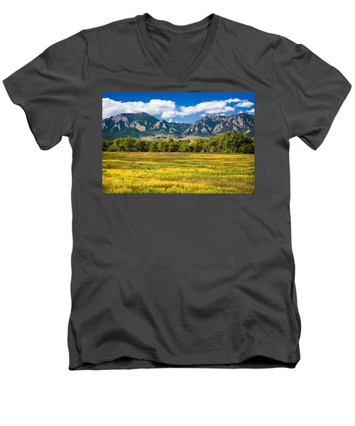 Fall Colors Of Boulder Colorado Men's V-Neck T-Shirt