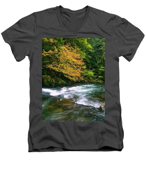 Fall On The Clackamas River, Or Men's V-Neck T-Shirt