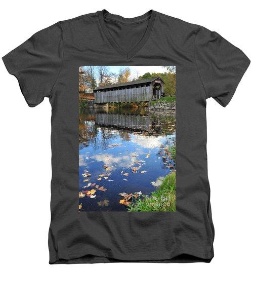 Fallasburg Covered Bridge 16 Men's V-Neck T-Shirt