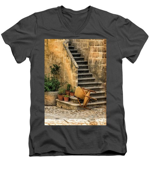 Fallen Chair Men's V-Neck T-Shirt