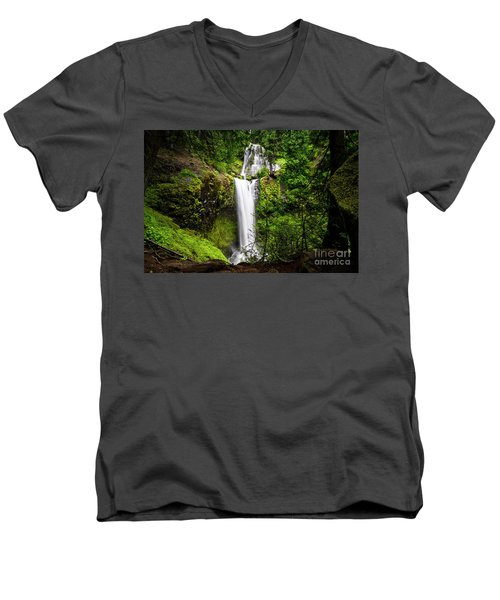 Falls Creek Falls Men's V-Neck T-Shirt