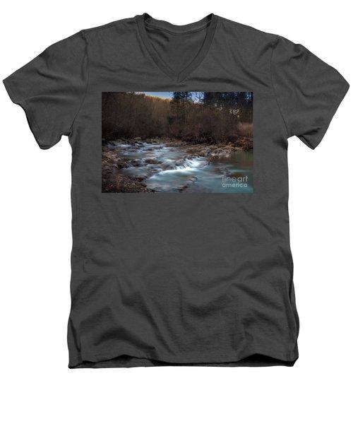 Fane Creek 2 Men's V-Neck T-Shirt