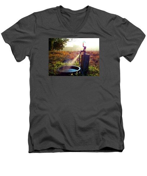 Farm Life 5 Men's V-Neck T-Shirt