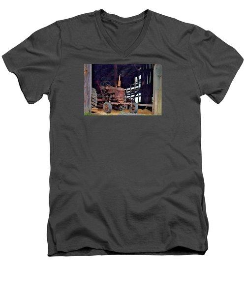 Farmall 300 #2 Men's V-Neck T-Shirt