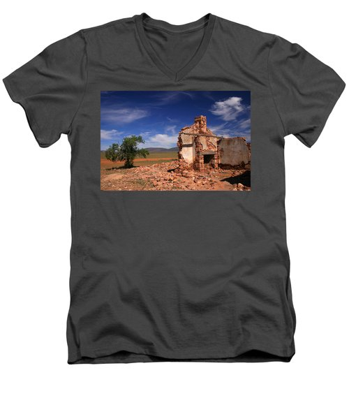 Farmhouse Cottage Ruin Flinders Ranges South Australia Men's V-Neck T-Shirt by Ralph A  Ledergerber-Photography