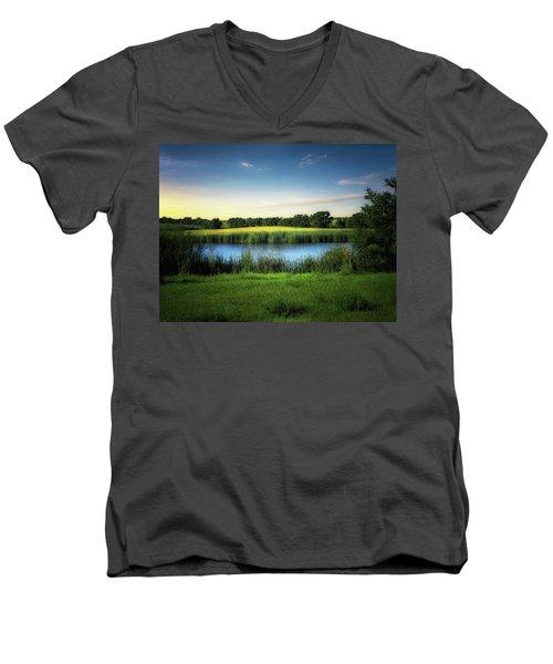 Farmland Waters Men's V-Neck T-Shirt