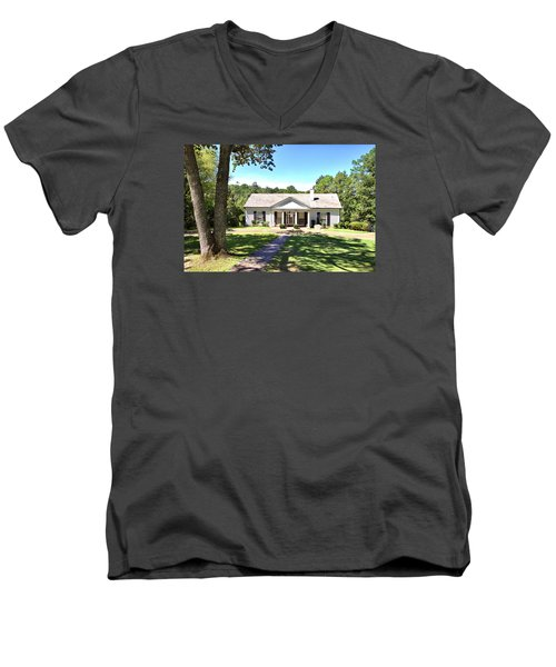 Fdr's Little White House Men's V-Neck T-Shirt