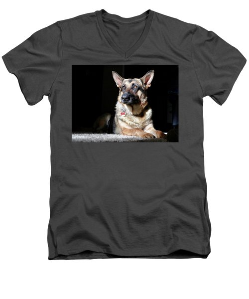 Female German Shepherd Men's V-Neck T-Shirt